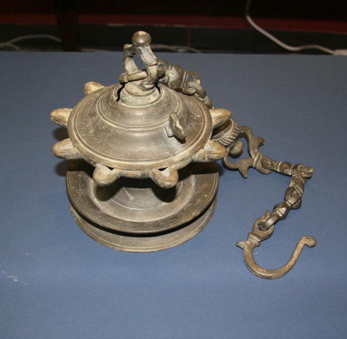 Bronze Hanging Oil Lamp