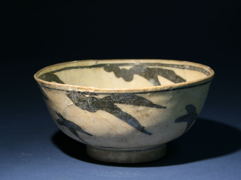 A Timurid Pottery Bowl